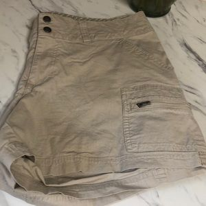 Columbia shorts size 14w